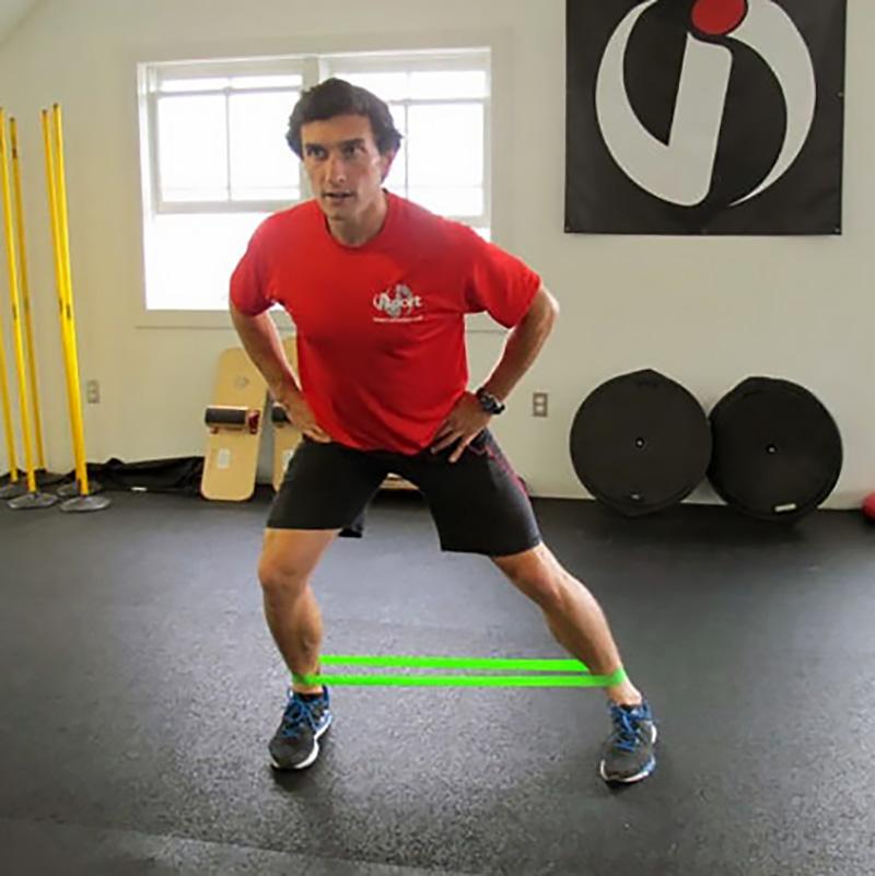 bent knee side step